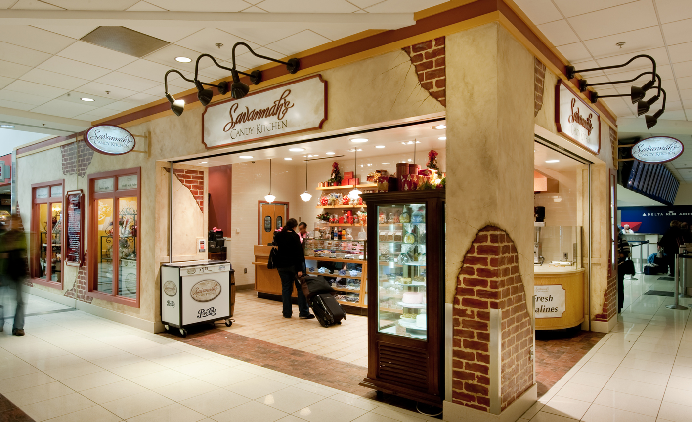 Savannah's Candy Kitchen (Concourse B)